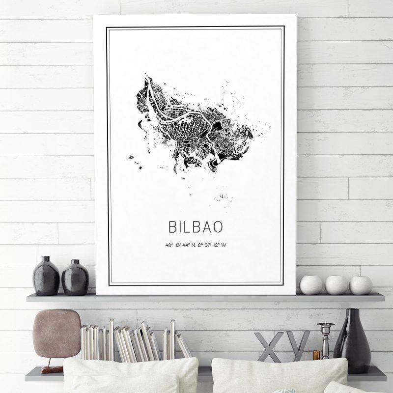 Mapa minimalista de Bilbao decorando una sala de estar